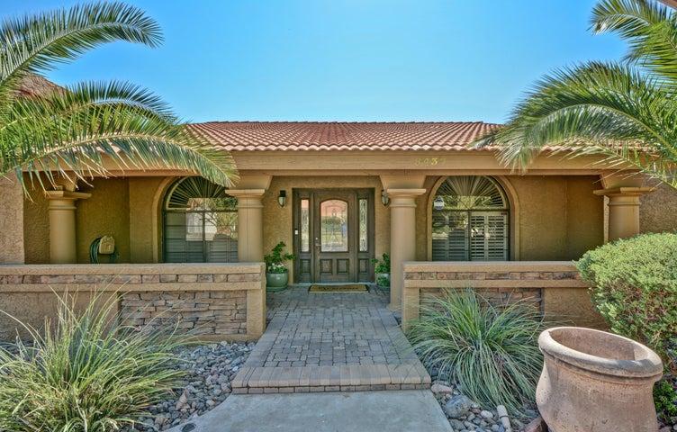 8437 E QUARTERHORSE Trail, Scottsdale, AZ 85258