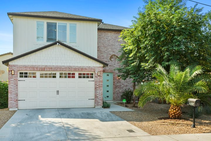 3845 E EARLL Drive, Phoenix, AZ 85018