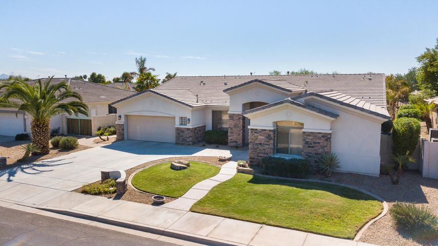 14687 W COLUMBUS Avenue, Goodyear, AZ 85338