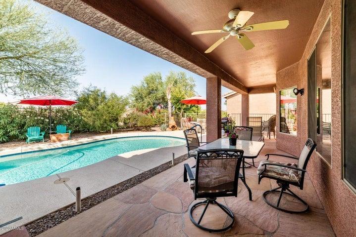 20288 N HARMONY Pass, Maricopa, AZ 85138