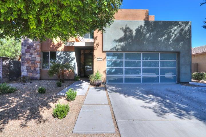 1718 E LAFAYETTE Court, Gilbert, AZ 85298