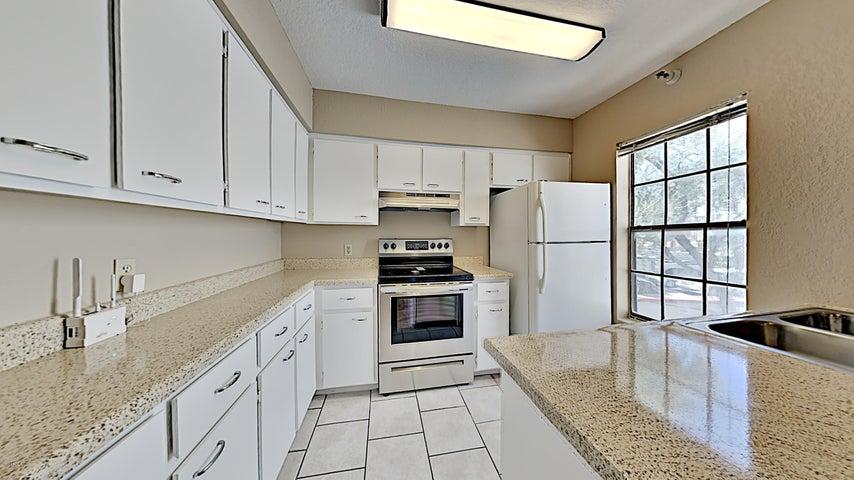 8020 E THOMAS Road, 211, Scottsdale, AZ 85251