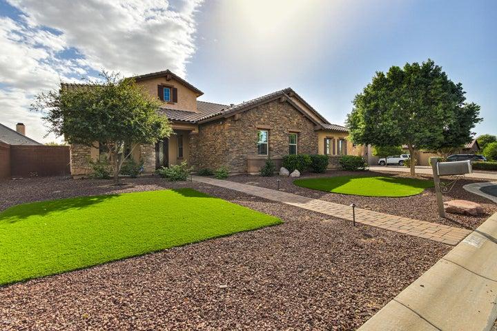 22051 E Tierra Grande Court, Queen Creek, AZ 85142
