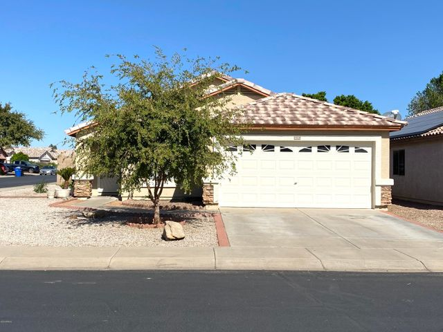 15020 W COUNTRY GABLES Drive, Surprise, AZ 85379
