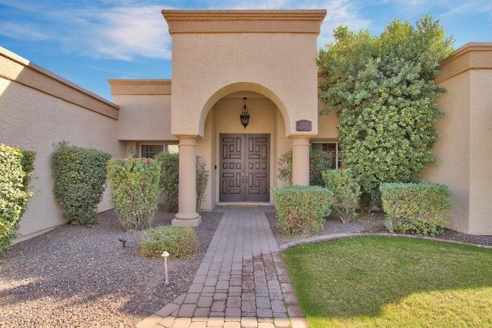 8331 E SAN RAFAEL Drive, Scottsdale, AZ 85258