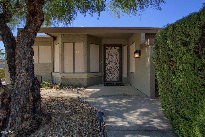 6882 E KELTON Lane, Scottsdale, AZ 85254