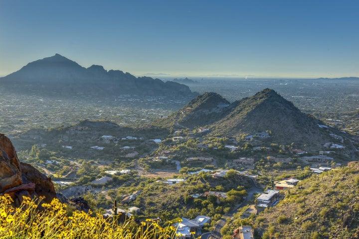7540 N RED LEDGE Drive, 205, Paradise Valley, AZ 85253