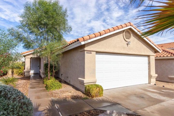3210 E LAUREL Lane, Phoenix, AZ 85028