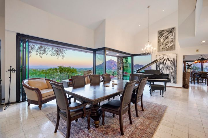 7044 N Hillside Drive, Paradise Valley, AZ 85253