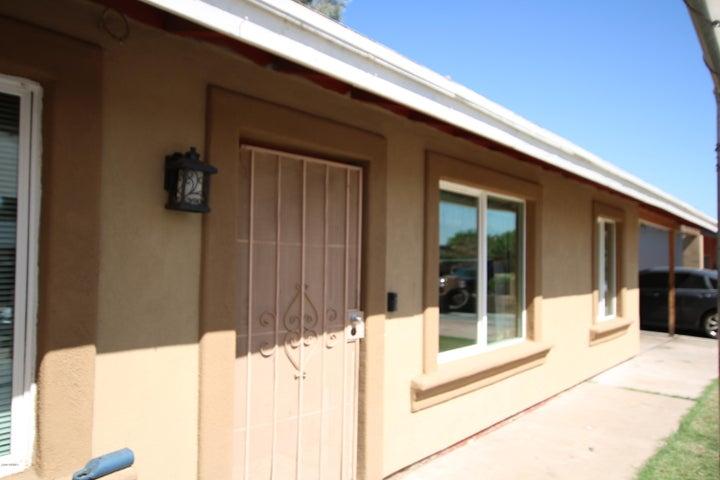 8434 W HEATHERBRAE Drive, Phoenix, AZ 85037