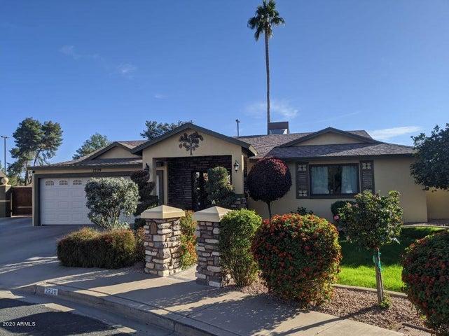 2239 W JACINTO Circle, Mesa, AZ 85202