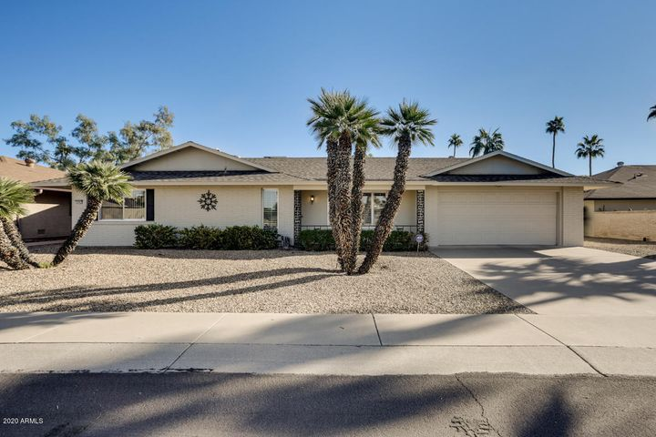 18007 N BUNTLINE Drive, Sun City West, AZ 85375