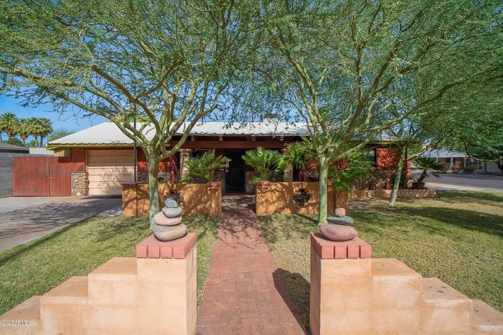 7732 E 4TH Street, Scottsdale, AZ 85251