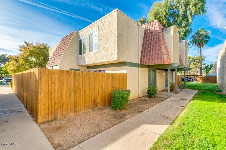 5928 W TOWNLEY Avenue, Glendale, AZ 85302