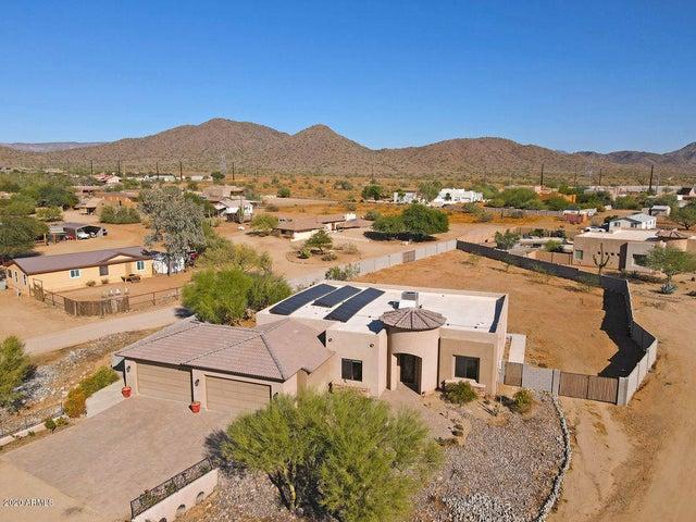 38821 N 10TH Street, Phoenix, AZ 85086