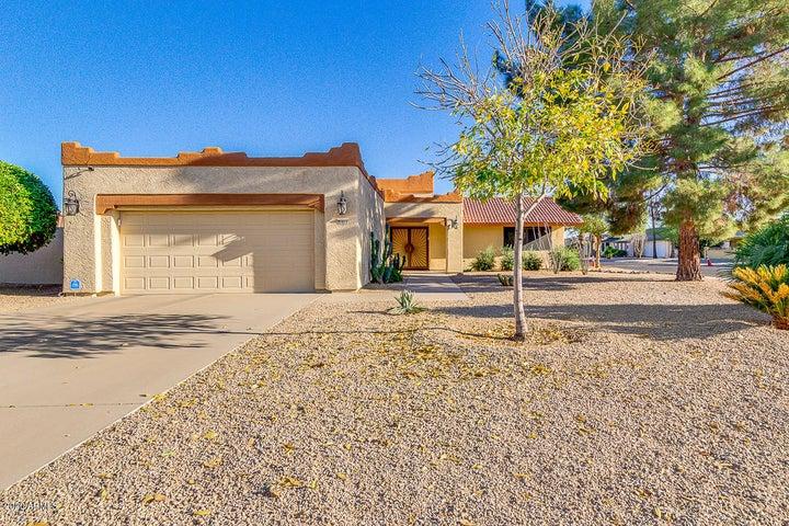 21011 N TOTEM Drive, Sun City West, AZ 85375