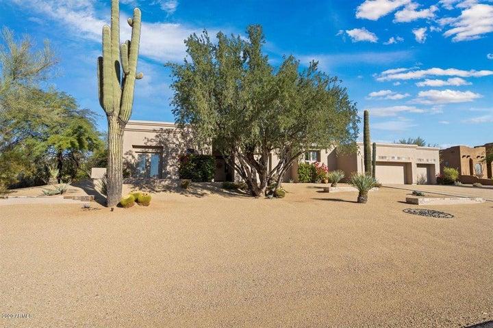8402 E LA JUNTA Road, Scottsdale, AZ 85255