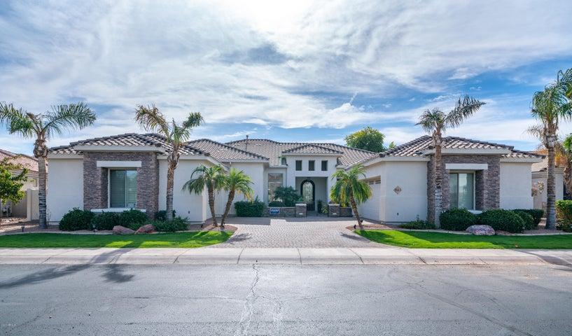 943 E COCONINO Place, Chandler, AZ 85249