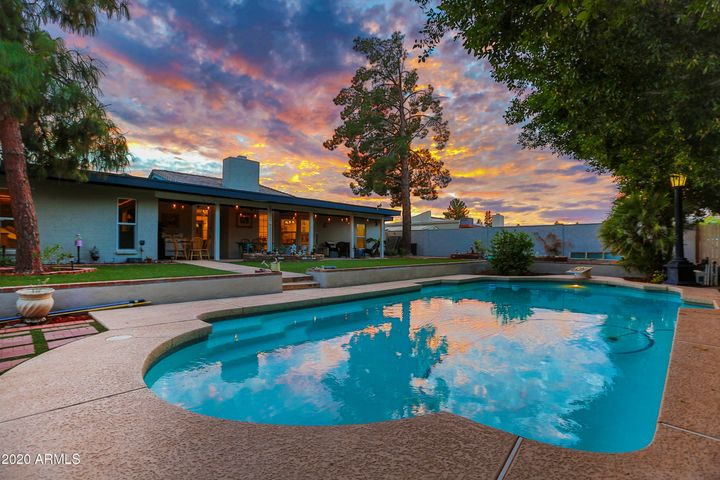 Float around in your own personal lake and enjoy the epic Arizona sunsets