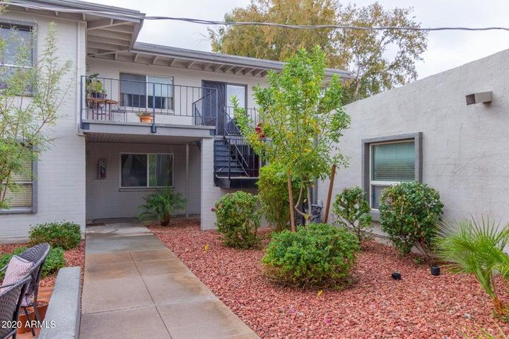 4131 E CAMELBACK Road, 36, Phoenix, AZ 85018