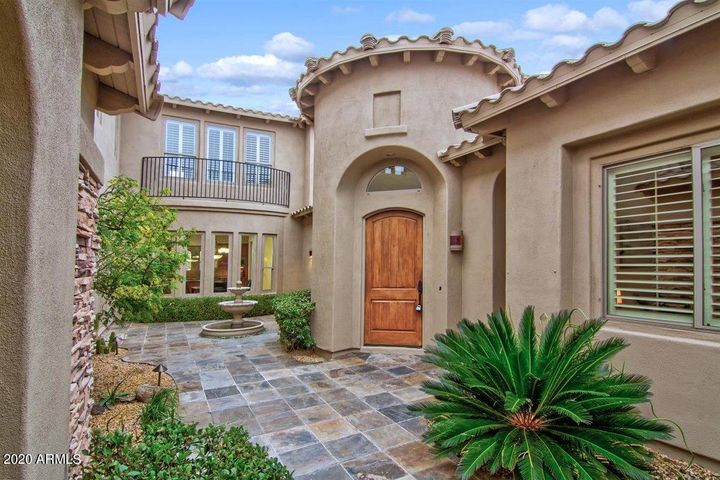 9742 E JAGGED PEAK Road, Scottsdale, AZ 85262