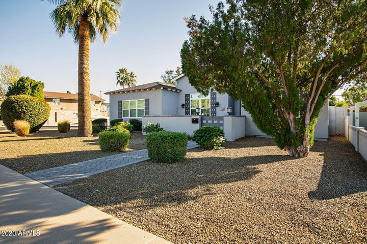 4145 E CAMPBELL Avenue, Phoenix, AZ 85018
