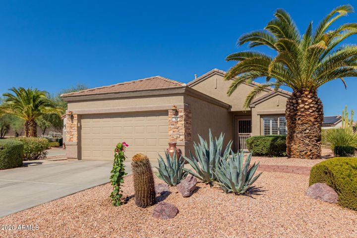 COMING SOON! Sun City Grand 2bd/2ba with Private Backyard
