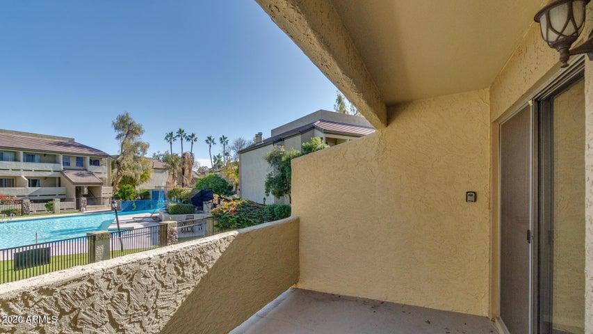 1331 W BASELINE Road, 202, Mesa, AZ 85202