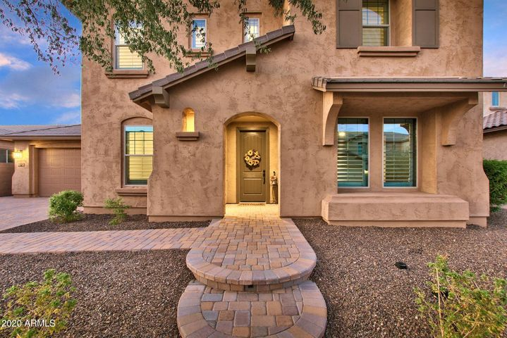 904 E HAMPTON Lane, Gilbert, AZ 85295