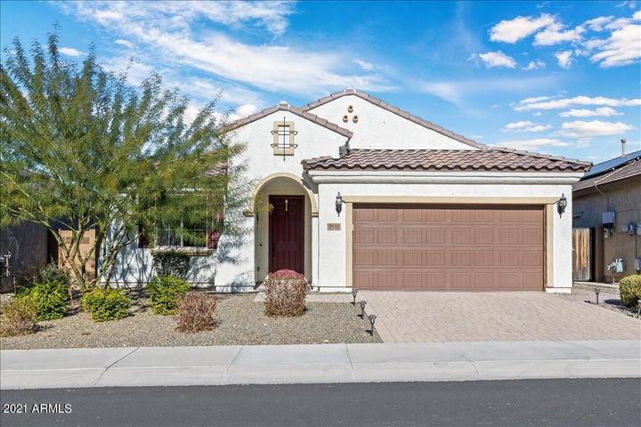 2318 W MARK Lane, Phoenix, AZ 85085
