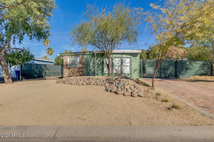 7902 E IRWIN Avenue, Mesa, AZ 85209