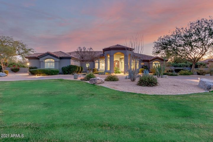 7131 E Berneil Lane, Paradise Valley, AZ 85253