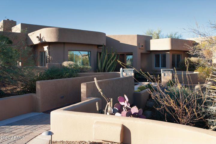 10046 E HIDDEN VALLEY Road, Scottsdale, AZ 85262