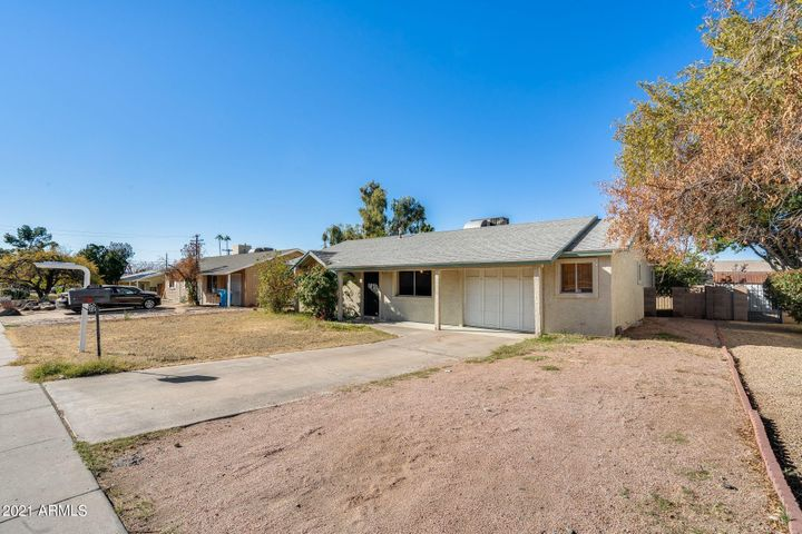 9434 N 15TH Street, Phoenix, AZ 85020