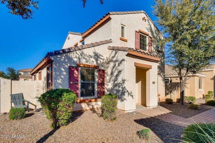 1728 S MARTINGALE Road, Gilbert, AZ 85295