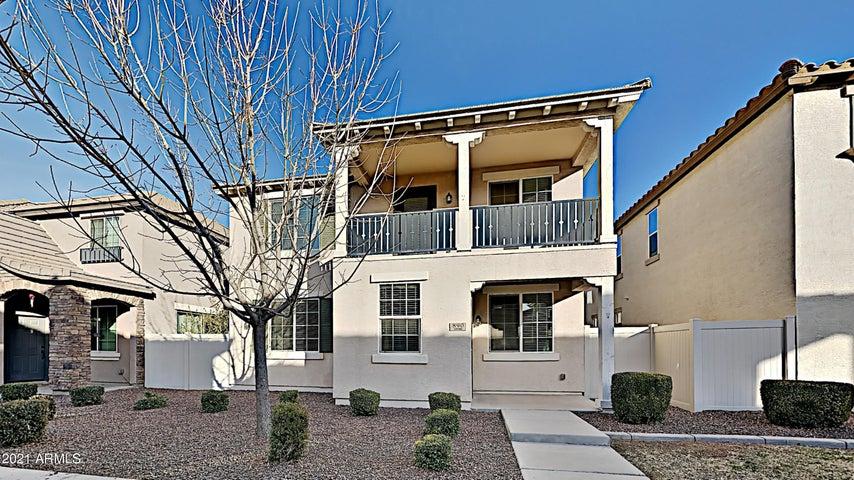 890 S ALMIRA Avenue, Gilbert, AZ 85296