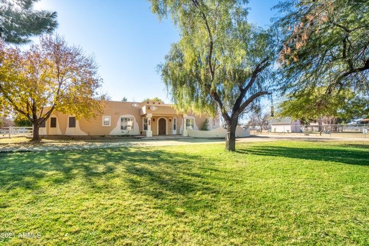 7801 W CAROLE Lane, Glendale, AZ 85303