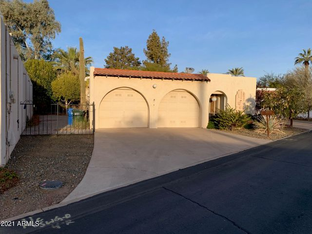 Freestanding, single level home with two car garage