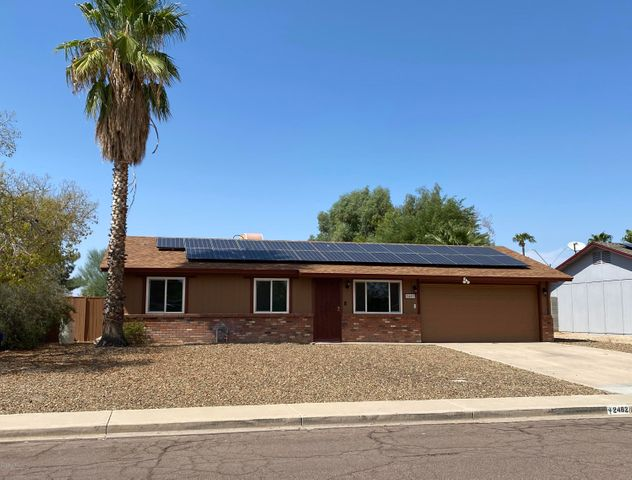 2482 E JOHN CABOT Road, Phoenix, AZ 85032