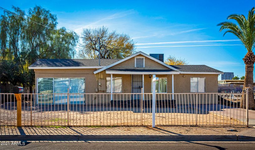 1225 E DEVONSHIRE Avenue, Phoenix, AZ 85014