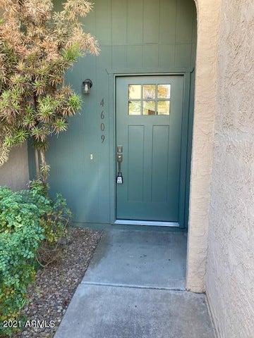 4609 W CONTINENTAL Drive, Glendale, AZ 85308