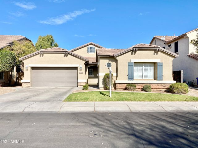 1156 W MESQUITE Street, Gilbert, AZ 85233
