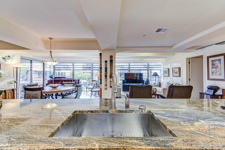 7117 E RANCHO VISTA Drive, 6008, Scottsdale, AZ 85251
