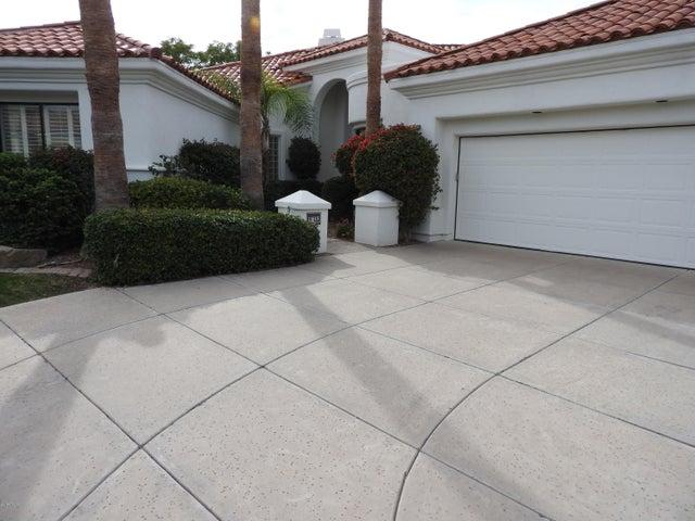 11615 E TERRA Drive, Scottsdale, AZ 85259