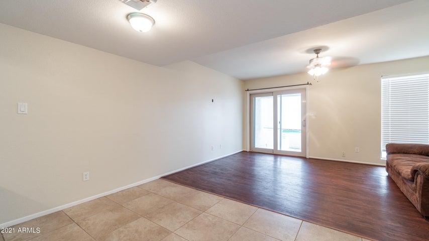 985 N GRANITE REEF Road, 128, Scottsdale, AZ 85257