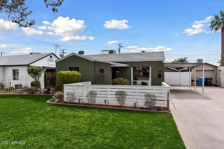 2241 E VIRGINIA Avenue, Phoenix, AZ 85006