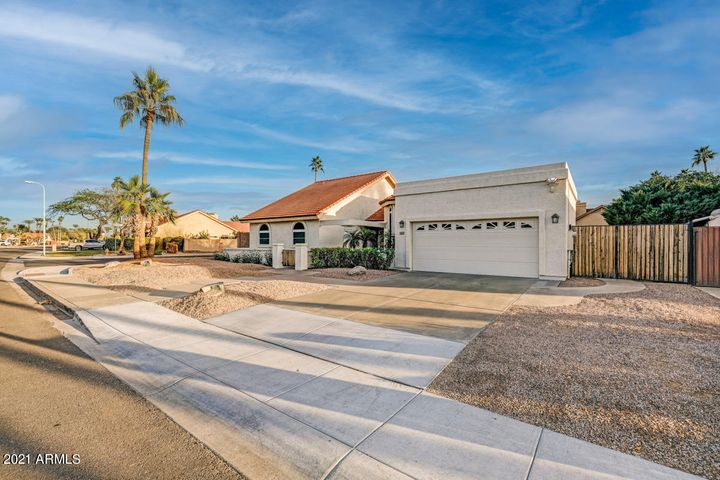 4141 W ORCHID Lane, Chandler, AZ 85226