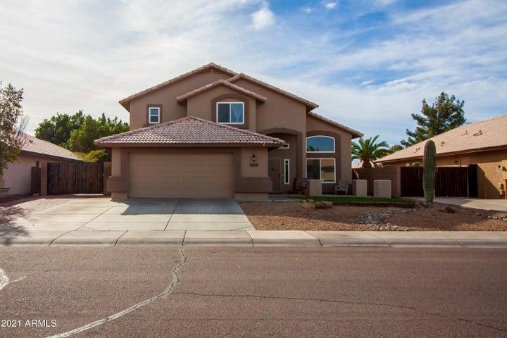 8813 W MELINDA Lane, Peoria, AZ 85382