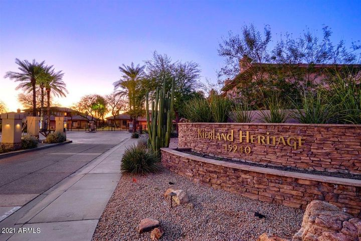 15240 N CLUBGATE Drive, 150, Scottsdale, AZ 85254
