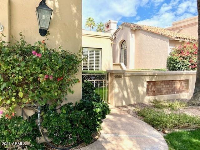 10128 E CINNABAR Avenue, Scottsdale, AZ 85258